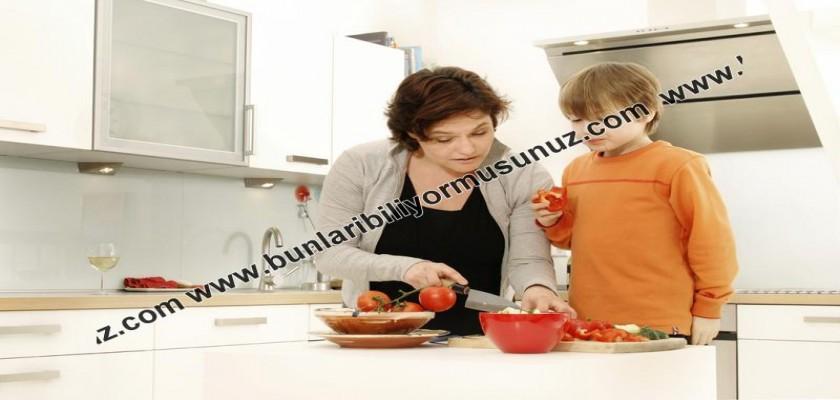 Çalışan Kadınlar Mutfakta Nasıl Daha Pratik Olur?